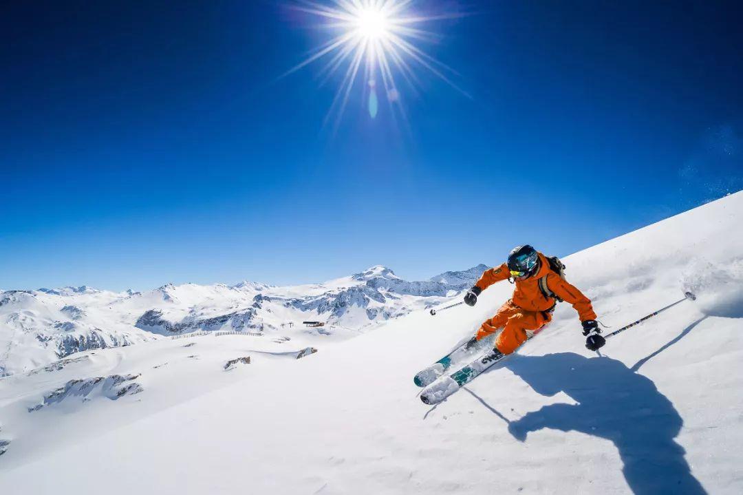 【金鼠迎春·冰雪嘉年华】神农架国际滑雪场滑雪、赏雪动车二日游